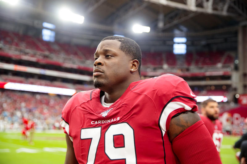Roster moves: Cowboys add veteran O-lineman, lose practice squad prospect