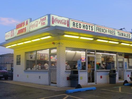 best-hot-dogs-in-chicago
