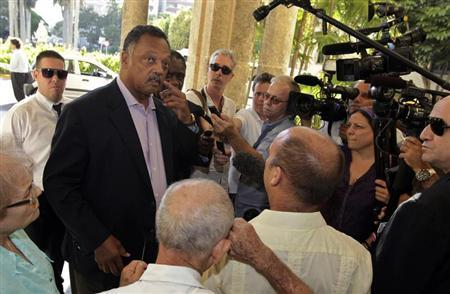 U.S. civil rights activist Jesse Jackson talks to the media at the National hotel in Havana