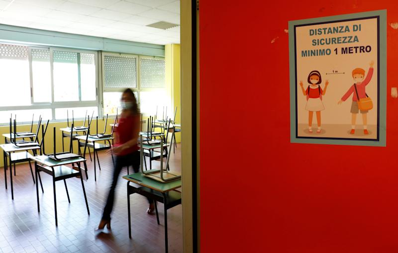 Preparations are made at the Simonetta Salacone primary and secondary school ahead of reopening on September 14 for the first time since the coronavirus disease (COVID-19) outbreak, with new protocols in place to avoid contagion, in Rome, Italy, September 9, 2020. REUTERS/Remo Casilli (Photo: Remo Casilli / reuters)