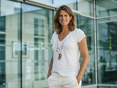 Former World No 1 Amelie Mauresmo becomes first woman captain of France's Davis Cup team