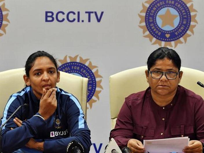 Former chief selector Hemlata Kala, along with four others, have applied to become the Indian women's cricket team head coach.
