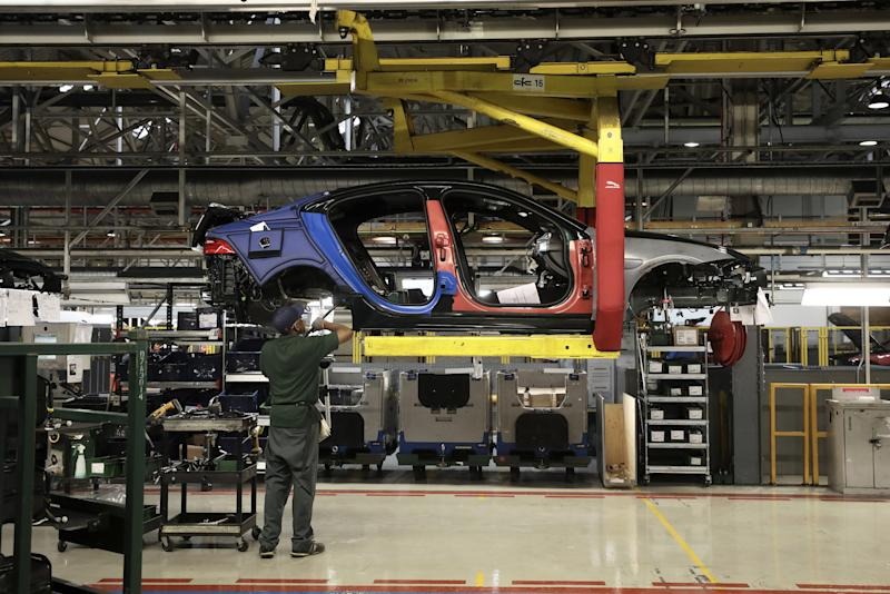Jaguar to Slash 4,500 Jobs in Brexit Slump, Joining Ford in Cuts