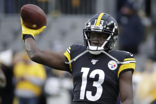 Pittsburgh Steelers wide receiver James Washington (13) warms up before an NFL football game against the Cleveland Browns, Sunday, Dec. 1, 2019, in Pittsburgh. (AP Photo/Gene J. Puskar)