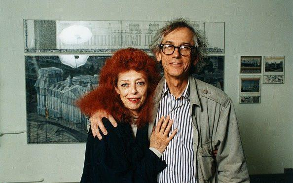 Christo in 1995, with his wife and collaborator Jeanne-Claude - ullstein bild