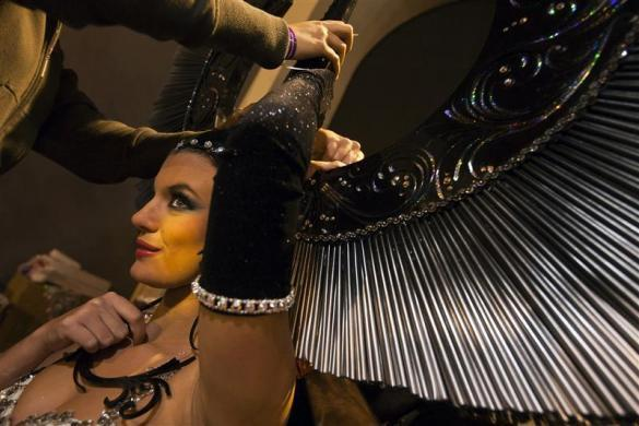 Cristina Rasmussen gets made up before the start of the Las Palmas' Carnival Queen ceremony in Las Palmas, on the Spanish Canary Island of Gran Canaria, late February 3, 2012.