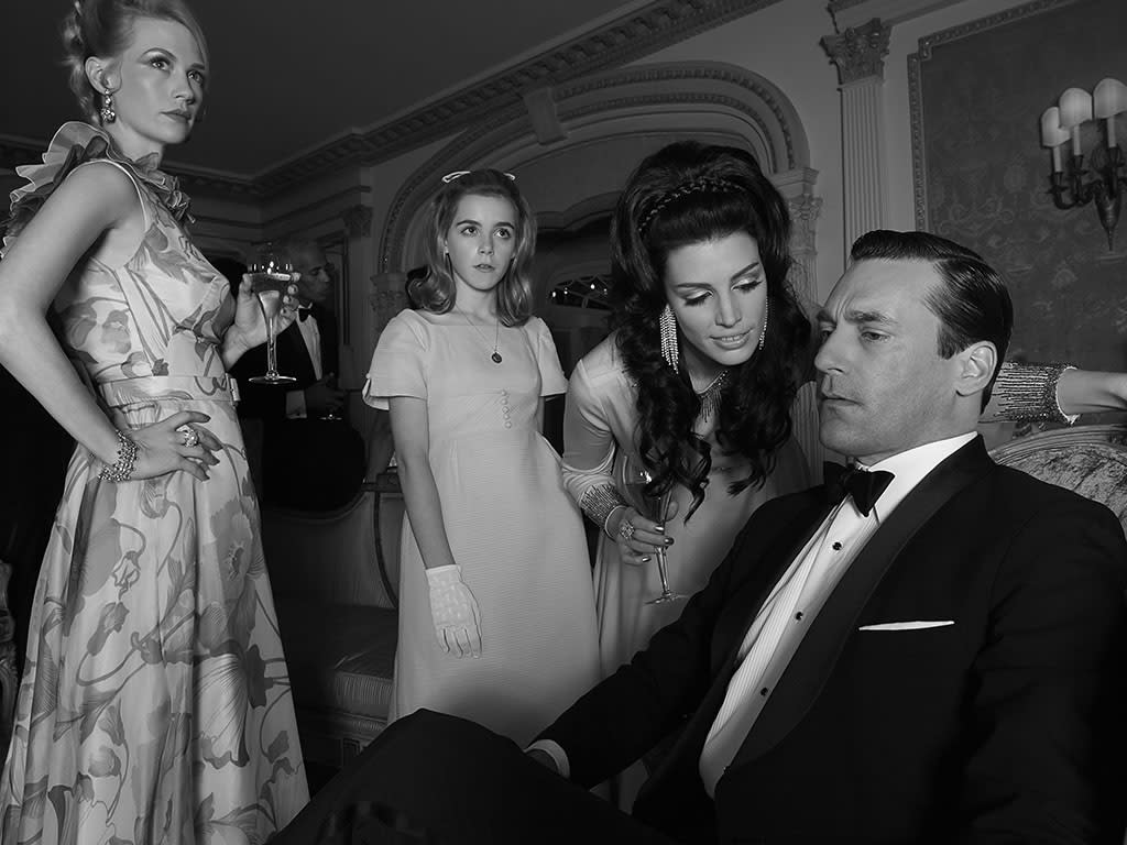 Betty Francis (January Jones), Sally Draper (Kiernan Shipka), Megan Draper (Jessica Pare) and Don Draper (Jon Hamm)