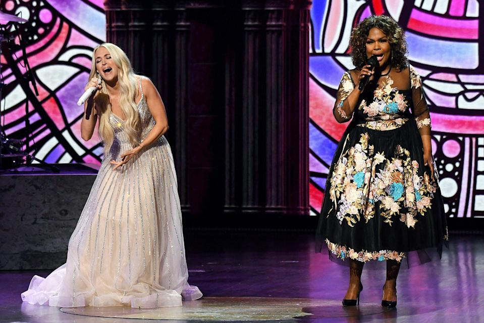 """<p>The singer opened with an emotional rendition of """"Amazing Grace"""" and a medley of other songs from her recently released album of gospel hymns, <i>My Savior,</i> before welcoming CeCe Winans onstage for a duet set against a projected backdrop of stained glass windows. </p>"""
