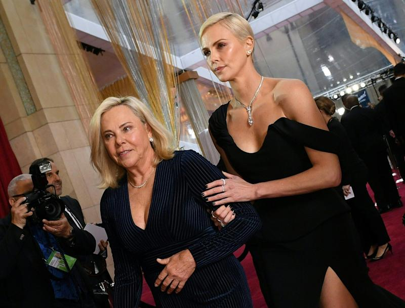 Charlize Theron with her mom, Gerda Maritz. (Photo: VALERIE MACON via Getty Images)