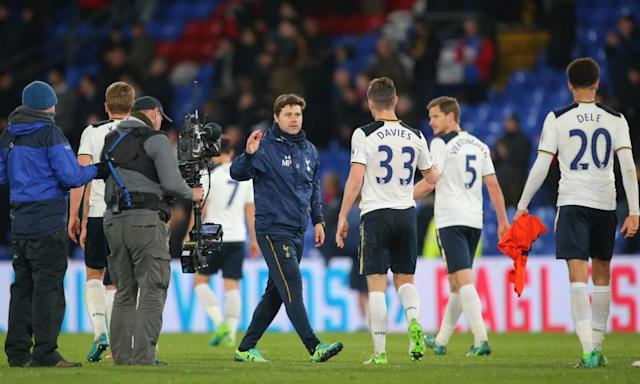 "<span class=""element-image__caption"">Mauricio Pochettino congratulates his Tottenham Hotspur players after their narrow win against Crystal Palace at Selhurst Park on Wednesday.</span> <span class=""element-image__credit"">Photograph: Michael Zemanek/BPI/Rex/Shutterstock</span>"