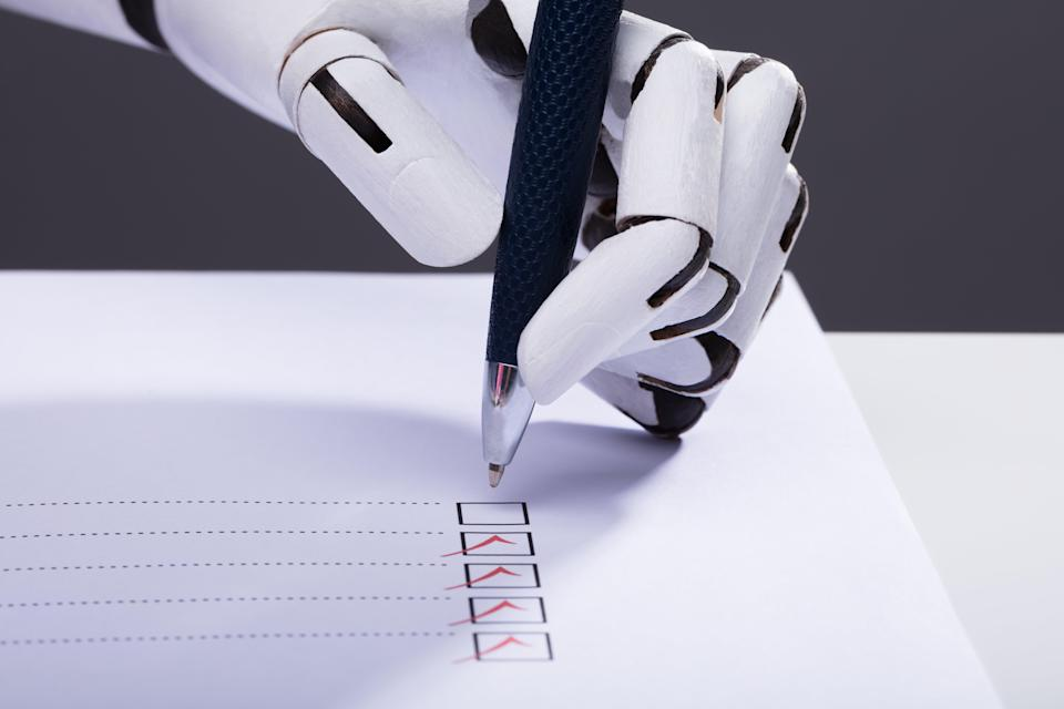 Artificial intelligence is currently being trained to predict the outcomes of the popular vote and the electoral college all at once. (Getty Images/iStockphoto)