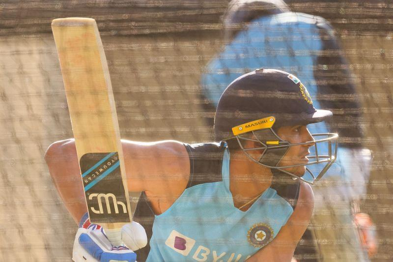 Watch: Marnus Labuschagne trying to unsettle Shubman Gill