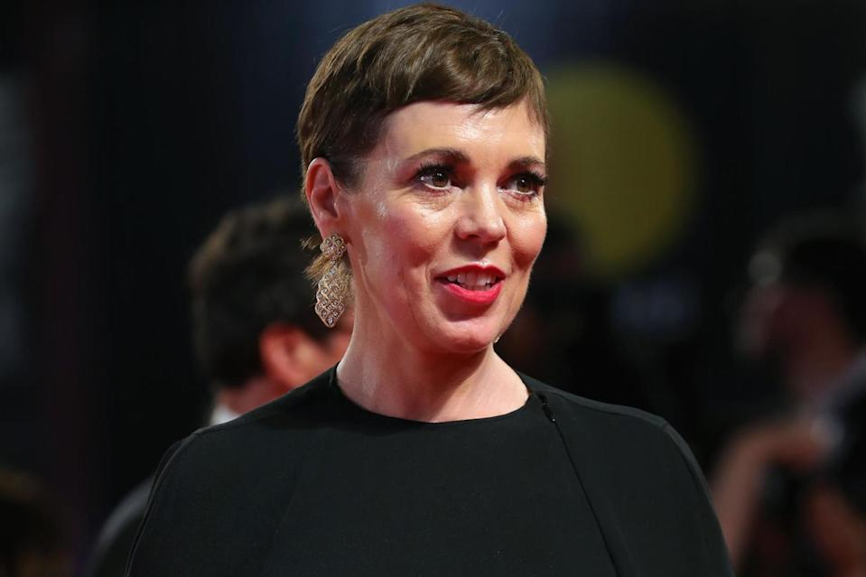 Olivia Coleman walks the red carpet (Getty Images)