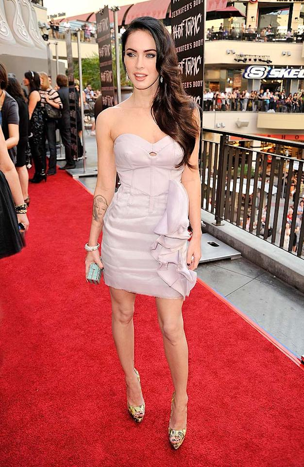 "Megan Fox -- in a dusty rose dress from Antonio Berardi -- proves time and time again why she is considered to be one of the hottest women in Hollywood. Kevin Winter/<a href=""http://www.gettyimages.com/"" target=""new"">GettyImages.com</a> - September 16, 2009"