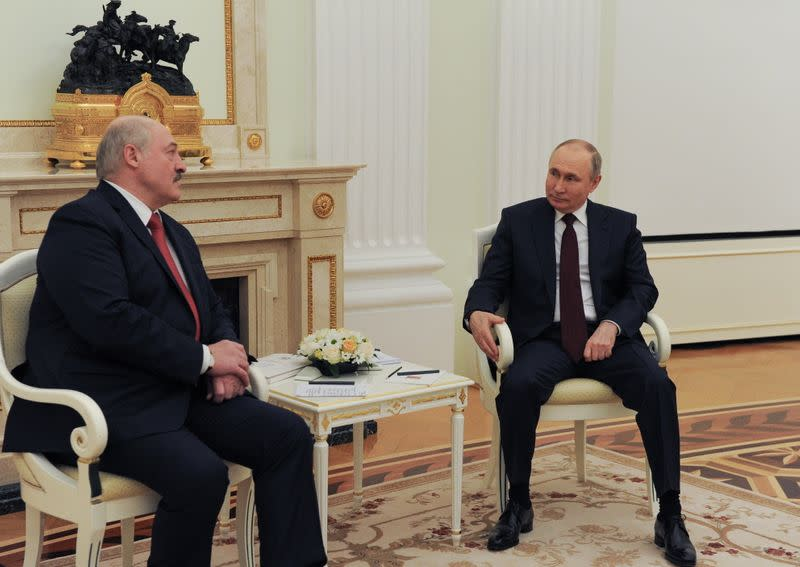 Russian President Putin meets with his Belarusian counterpart Lukashenko in Moscow