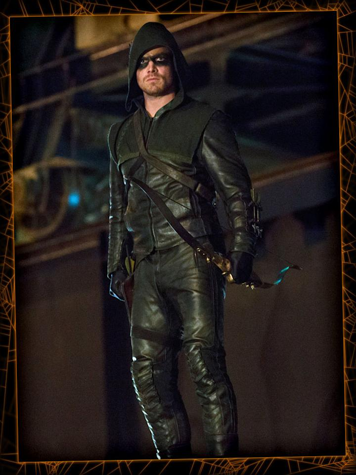 "<b>Green Arrow</b> (""Arrow"")<br><b>Level of difficulty:</b> With abs, difficult (good luck!); Without abs, easy<br><br>If you want to be a superhero this Halloween, why not dress up as TV's latest billionaire-turned-vigilante Green Arrow? All you need is a green hoodie, some black face paint, a bow, and a quiver of arrows. But if you want to go the truly authentic route, hit the gym (go now!) and start doing a bunch of crunches to get six-pack abs."
