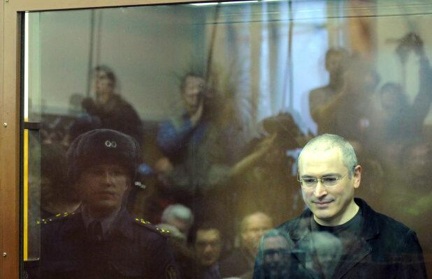 'Citizen K' Film Review: Alex Gibney Profiles Putin's Nemesis, an Oligarch-Turned-Activist