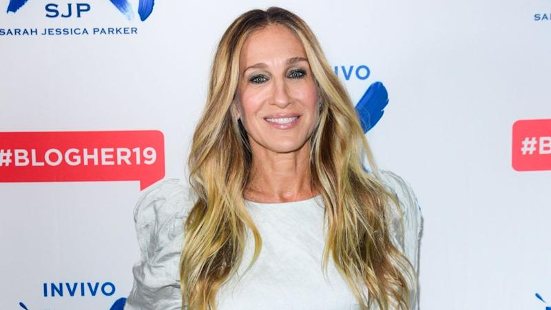 Star Sightings: Sarah Jessica Parker Talks Wine, Carrie Underwood Gets Her Sweat On & More!