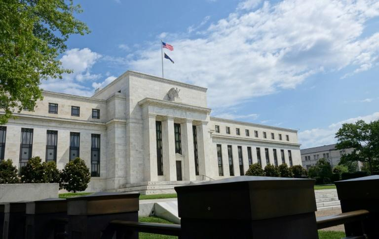 US President Donald Trump nominated two economists who share his cutting opinion of the Federal Reserve to serve on the central bank's board
