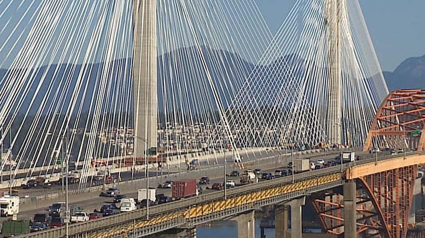 Eight of 10 lanes on the new Port Mann Bridge will be open on Dec. 1 the government has announced.