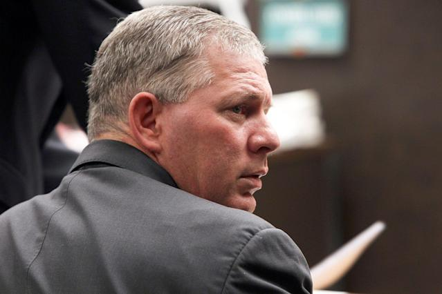 Lenny Dykstra pleaded guilty to a lesser charge of disorderly conduct from a 2018 Uber ride that ended with Dykstra being arrested and charged with drug possession and making terroristic threats. (AP Photo/Nick Ut, File)