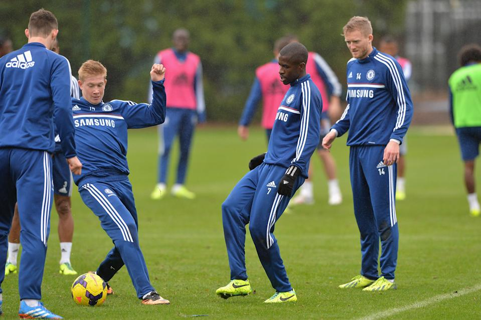 Chelsea's Kevin De Bruyne, Ramires during a training session at the Cobham Training Ground on 1st November 2013 in Cobham, England.  (Photo by Darren Walsh/Chelsea FC via Getty Images)