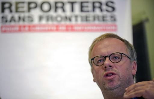 <p>New standards for journalists to fight fake news</p>