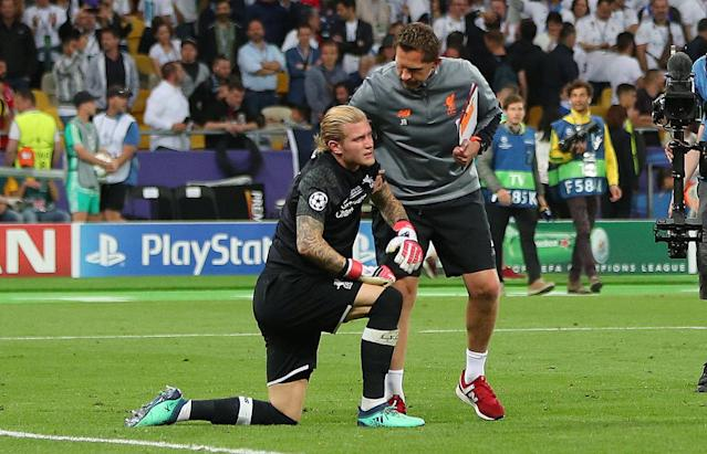 Soccer Football - Champions League Final - Real Madrid v Liverpool - NSC Olympic Stadium, Kiev, Ukraine - May 26, 2018 Liverpool's Loris Karius looks dejected at the end of the match REUTERS/Hannah McKay