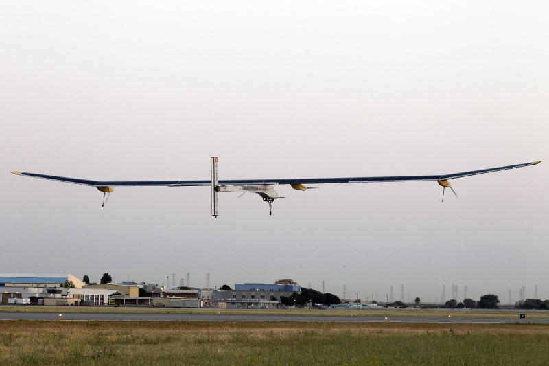 Solar plane leaves Calif. on cross-country trip