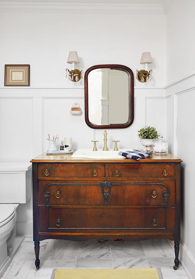 This Master Bath 39 S Characterless Vanity Got The Boot And Was Replaced