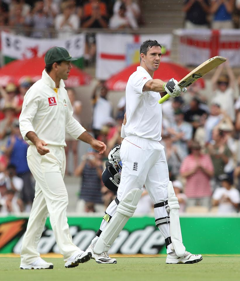 ADELAIDE, AUSTRALIA - DECEMBER 05:  Kevin Pietersen of England celebrates making 200 runs with opposing captain Ricky Ponting of Australia looking on during day three of the Second Ashes Test match between Australia and England at Adelaide Oval on December 5, 2010 in Adelaide, Australia.  (Photo by Morne de Klerk/Getty Images)