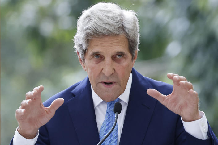 US Special Envoy for Climate John Kerry gives a speech at the Royal Botanic Gardens, Kew, southwest London on July 20, 2021. (Photo by Tolga Akmen / AFP) (Photo by TOLGA AKMEN/AFP via Getty Images)