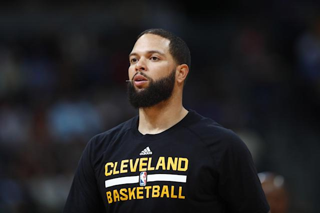 Deron Williams was bought out by the Mavs and joined the contending Cavs. (AP)