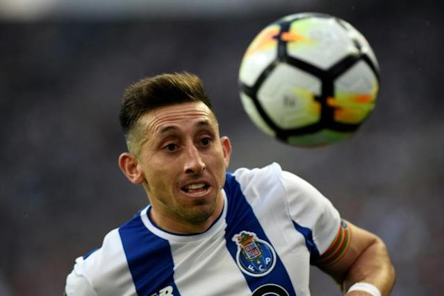 Porto's Mexican midfielder Hector Herrera runs for the ball during the Portuguese league football match between FC Porto and Vitoria Setubal at the Dragao stadium in Porto (AFP Photo/MIGUEL RIOPA)
