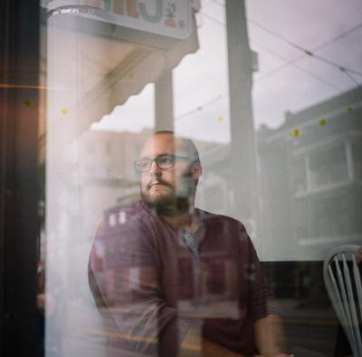 Chris Donovan, one of three winners of the 2021 New Generation Photography Award. Photo credit : Giovanni Capriotti (CNW Group/Scotiabank)