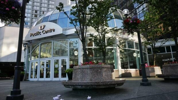 Vancouver police are hoping the victim of a groping at Pacific Centre mall comes forward to help investigation. (Christer Waara/CBC - image credit)