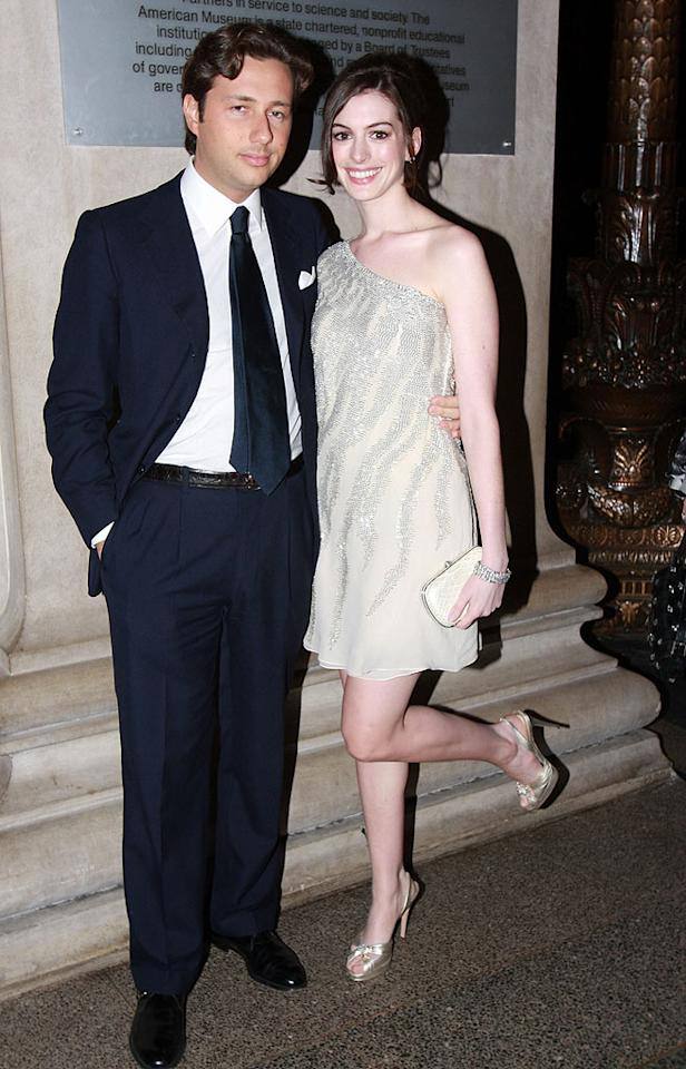 """Anne Hathaway broke off her four-year relationship with Raffaello Follieri in June after he was arrested and plead guilty to wire fraud, money laundering, and conspiracy. Will Ragozzino/<a href=""""http://www.gettyimages.com/"""" target=""""new"""">GettyImages.com</a> - March 11, 2008"""