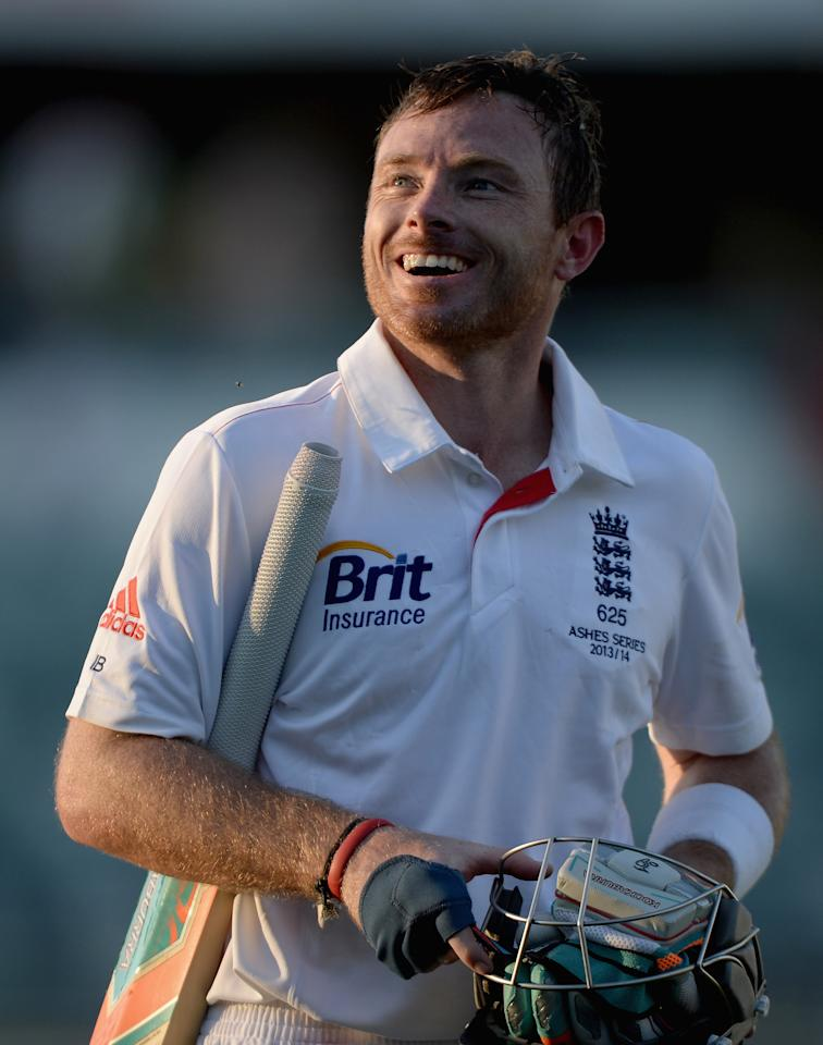 PERTH, AUSTRALIA - NOVEMBER 01:  Ian Bell of England leaves the field after day two of the Tour match between the Chairman's XI and England at the WACA on November 1, 2013 in Perth, Australia.  (Photo by Gareth Copley/Getty Images)