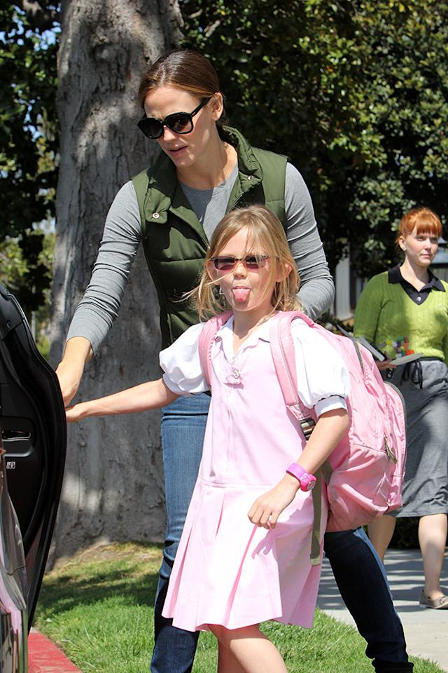 She took Seraphina to Creative Educational In The Visual Arts in Santa Monica, then rushed to pick up Violet from school. Pictured: Jennifer Garner and Violet Affleck Ref: SPL525761 150413 Picture by: Reefshots / Splash News Splash News and Pictures Los Angeles:310-821-2666 New York:212-619-2666 London:870-934-2666 photodesk@splashnews.com