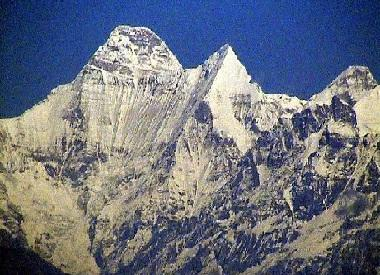 ITBP's efforts to retrieve dead bodies of mountaineers from Nanda Devi East peak hampered due to adverse weather conditions
