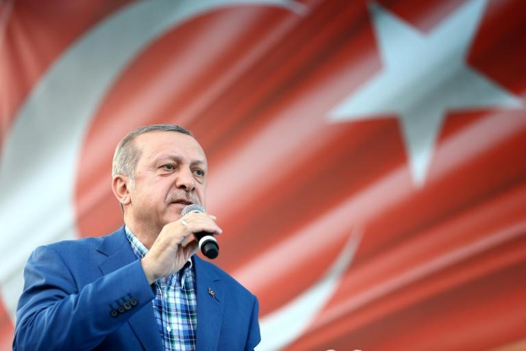 Turkish President Recep Tayyip Erdogan delivers a speech during a rally in Gaziantep on August 28, 2016