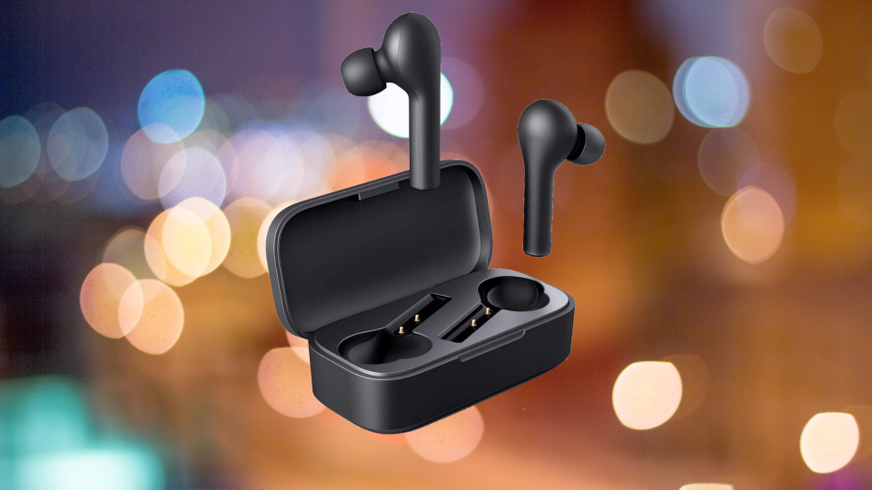 These wireless earbuds are just $21 today (Photo: Aukey)