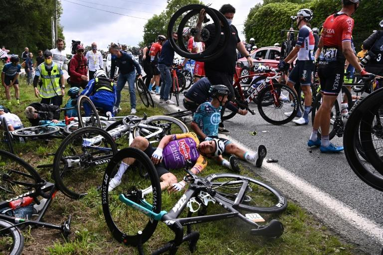 Two mass falls marred stage one of the Tour de France