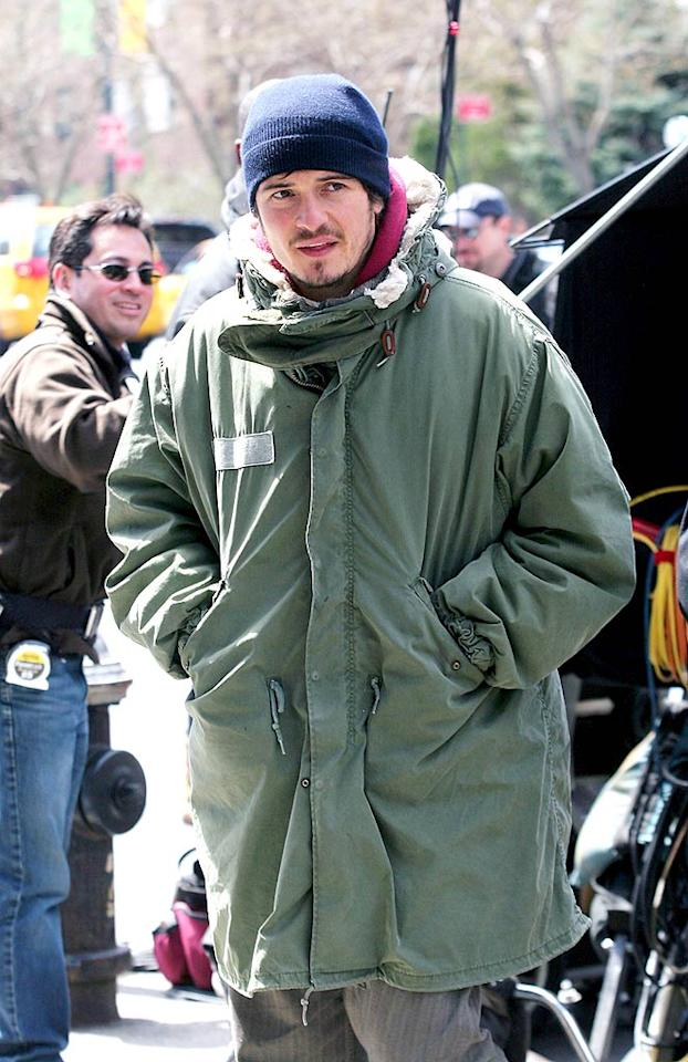 "Orlando Bloom kept bundled up while filming scenes for ""New York, I Love You."" We're still getting used to seeing the ""Lord of the Rings"" and ""Pirates of the Caribbean"" star in modern clothes. Grant/<a href=""http://www.x17online.com"" target=""new"">X17 Online</a> - April 14, 2008"