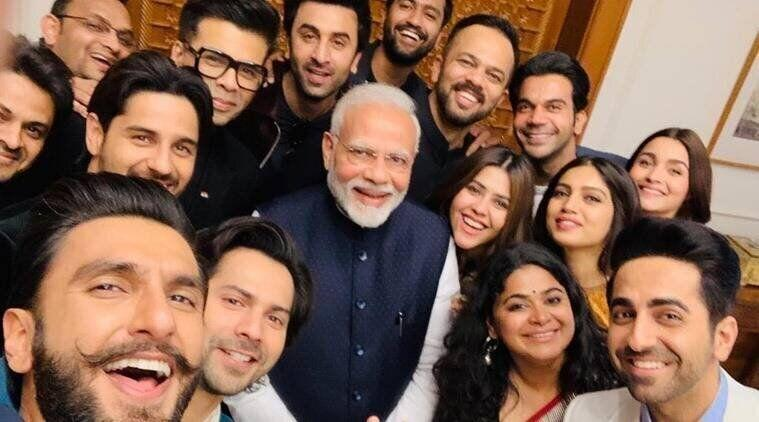 Modi's infamous selfie with Bollywood (Photo: HuffPost India )