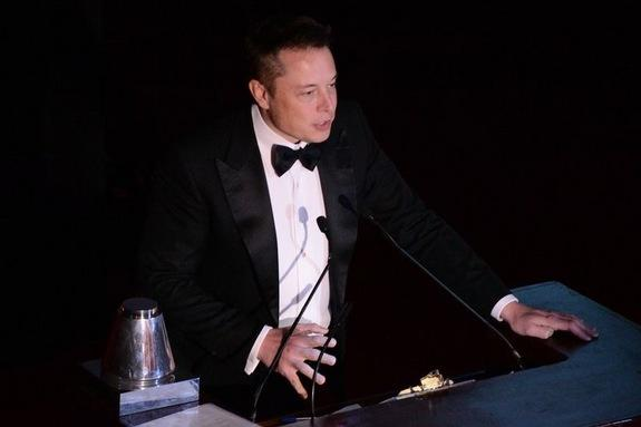 SpaceX's Elon Musk accepts the Explorers Club President's Award for Exploration and Technology at the Waldorf Astoria in New York on March 15, 2014 during the Explorers Club Annual Dinner.