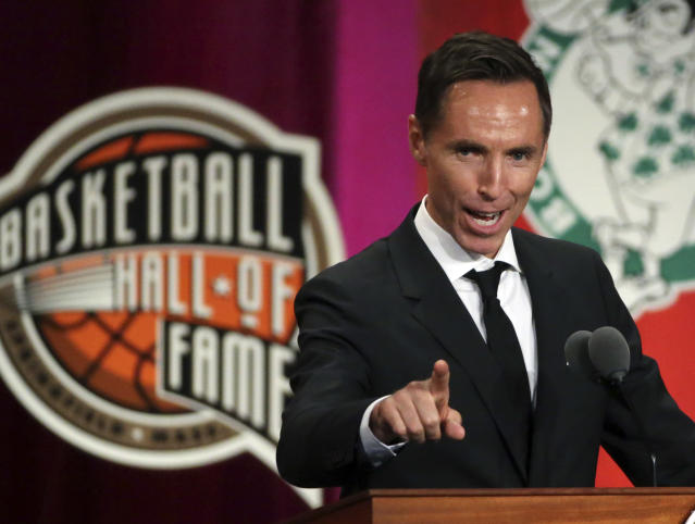 Steve Nash speaks during induction ceremonies into the Basketball Hall of Fame. (AP Photo/Elise Amendola)