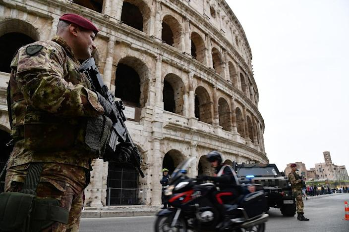 Security is tight in Rome as EU leaders meet on the 60th anniversary of the bloc's founding with snipers on rooftops, drones in the skies and 3,000 police on the streets (AFP Photo/Vincenzo PINTO)