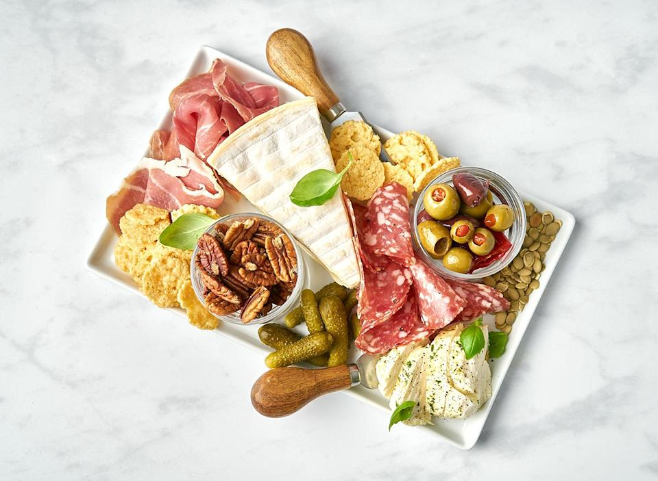 keto chartuterie platter 2 - 63+ Best Healthy Keto Recipes To Keep You In Ketosis