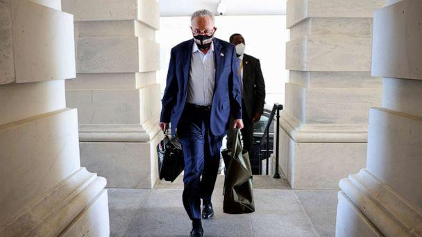 PHOTO: Senate Majority Leader Charles Schumer arrives at the Capitol, Sept. 27, 2021. (Kevin Dietsch/Getty Images)